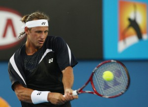 2009+Australian+Open+Day+1+6FNqsHuEgvil1 300x217 David Nalbandian Backhand Analysis and Slow Motion