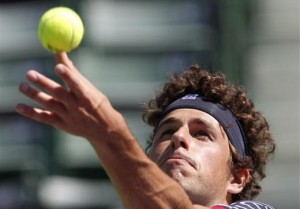 Robin Haase 300x209 Kitzbuhel: Haase Defeats Klizan, Will Face Kohlschreiber in the Final