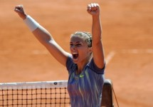 Italy win Fed Cup 2013 title