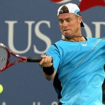lleyton-hewitt_hitting_ball